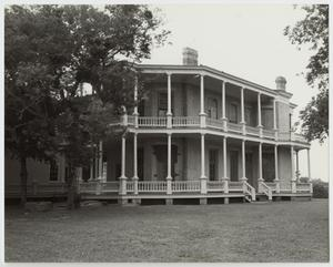 Primary view of object titled '[Giddings-Stone House Photograph #1]'.