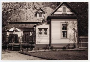 Primary view of object titled '[Richard E. and Ella Sodke Kloepper House Photograph #2]'.
