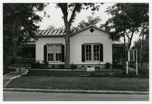 Primary view of object titled '[August and Karoline Tolle House Photograph #2]'.