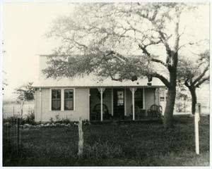 Primary view of object titled '[Albert Nebgen House Photograph #5]'.