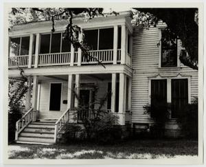 Primary view of object titled '[Robert Hixon Belvin Home Photograph #1]'.