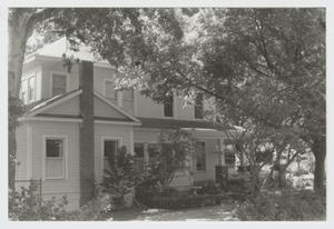 Primary view of object titled '[Sanders-Grosgebauer House Photograph #4]'.