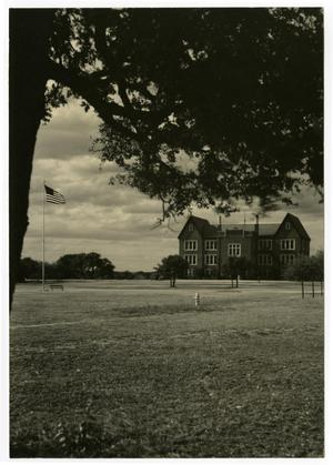 Primary view of object titled 'the Admin. Building (Weir) from Across the Quad'.
