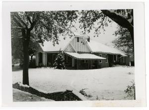 Primary view of object titled 'Schreiner President's House in the Snow'.