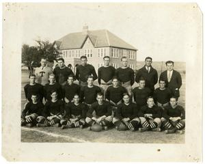 Primary view of object titled '1925 Schreiner Football Team'.