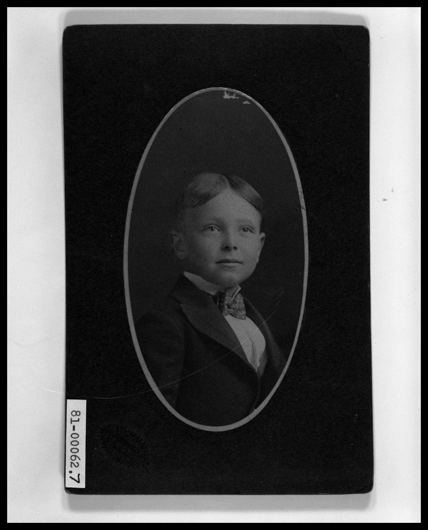 Second Portrait of Vincent Perini Jr. Age 6                                                                                                      [Sequence #]: 1 of 1