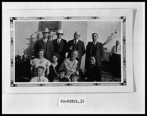 Primary view of object titled 'Family Picture'.