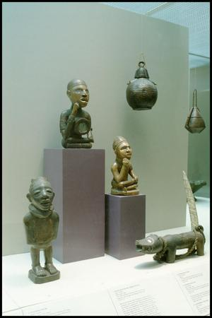 Primary view of object titled 'Dallas Museum of Art Installation: African Art [Photograph DMA_90009-11]'.