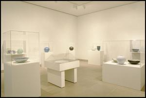 Primary view of object titled 'Contemporary Porcelain from Japan: 30 Works by 30 Masters [Photograph DMA_1489-08]'.