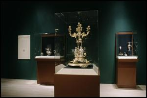 Primary view of object titled 'Silver in America, 1840-1940: A Century of Splendor [Photograph DMA_1506-30]'.