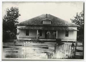 Primary view of object titled '[Home of the Arlander Bedford Courtney Family]'.