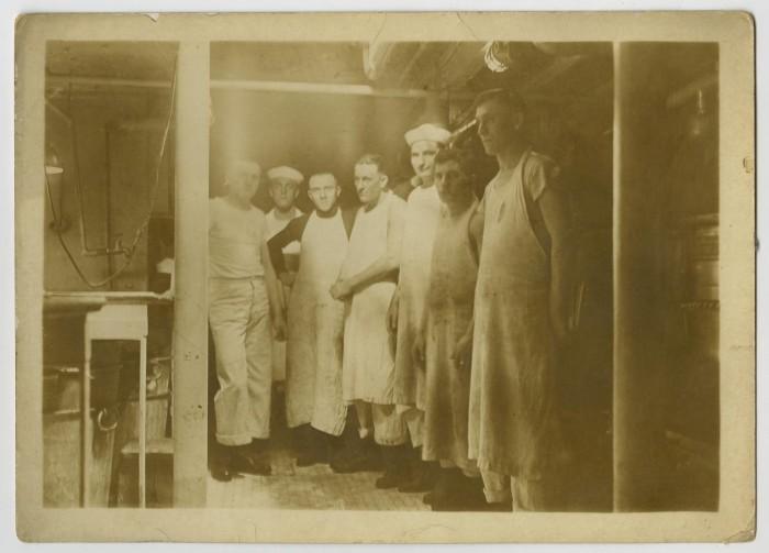 Photograph of U.S.S. Texas Kitchen Crew] - The Portal to Texas History