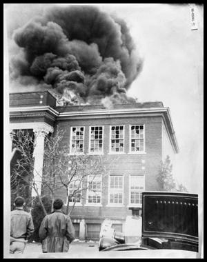 Primary view of object titled 'Abilene Hall on fire at Hardin-Simmons University'.