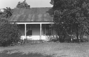 Primary view of object titled '[Friedrech and Margaretha Hiller House Photograph #2]'.