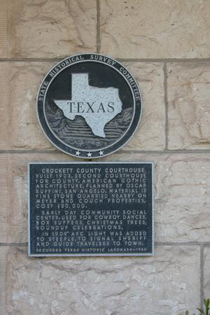 Primary view of object titled 'Crockett County Courthouse, Ozona, historic plaque'.