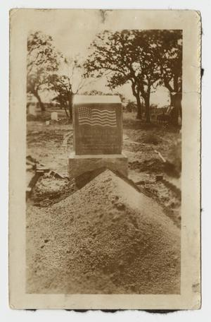 Primary view of object titled '[Photograph of the Grave Marker of Edgar Leflar]'.