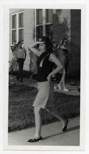 Primary view of object titled '[Photograph of Sherrie Fiveash Leading Freshmen]'.