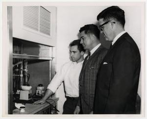 Primary view of object titled '[Photograph of Students in a Science Lab]'.