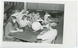 Primary view of object titled '[Photograph of Class in McMurry Library]'.