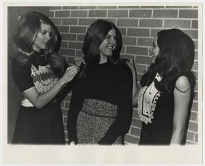 Primary view of object titled '[Photograph of Three McMurry College Students]'.