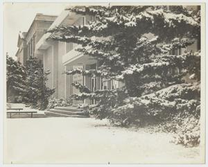 Primary view of object titled '[Photograph of Finch-Gray Science Center and Old Main in the Snow]'.