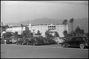 Primary view of object titled '[Photograph of Santa Anita Race Track]'.