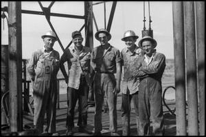 Primary view of object titled '[Photograph of West Texas Drilling Crew]'.