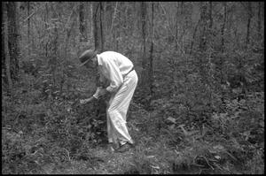 Primary view of object titled '[Photograph of Lance Rosier in Big Thicket]'.