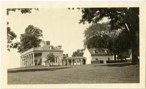 Primary view of object titled '[Photograph of Mt. Vernon]'.