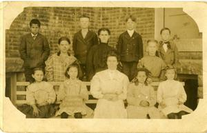 Primary view of object titled '[Photograph of Primary School Class]'.