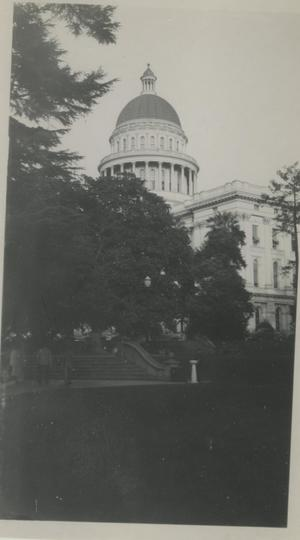 Primary view of object titled '[Photograph of the Capitol]'.
