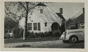 Primary view of object titled '[Photograph of the Home of Mr. and Mrs. Carman]'.