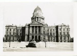 Primary view of object titled '[Photograph of Colorado Capitol Building]'.