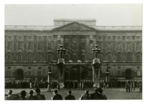 Primary view of object titled '[Photograph of Buckingham Palace]'.