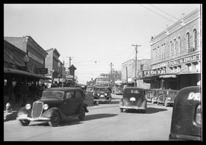 Primary view of object titled '[Downtown Brownwood]'.