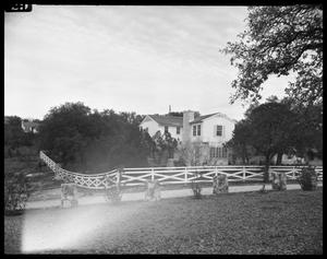 Primary view of object titled '[Side View of E. N. Perry Home]'.