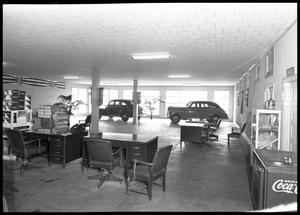 Primary view of object titled 'Henna Motor Company at Round Rock'.