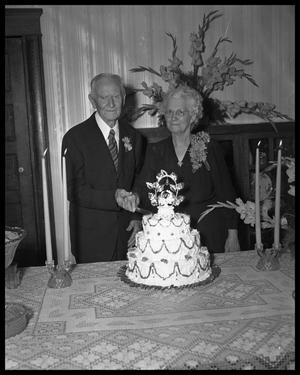 Primary view of object titled 'Fiftieth Wedding Anniversary Photos -- W.M. Beal'.