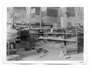Primary view of object titled '[Looting in Ciudad Juarez]'.