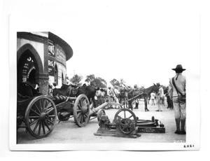 Primary view of object titled '[Federals Readying Equipment for Travel]'.