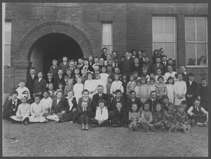 Primary view of object titled '[Photograph of Rowena Public School Students]'.