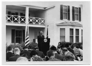 Primary view of object titled '[Lyndon Johnson Speaking at the Texas White House]'.