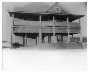 Primary view of object titled 'Arlington Hotel'.