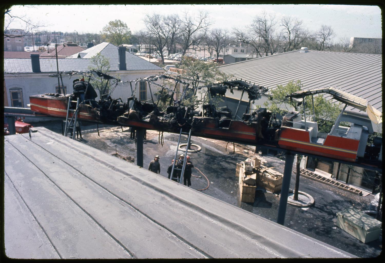 Monorail Car Fire At Hemisfair 68 The Portal To Texas