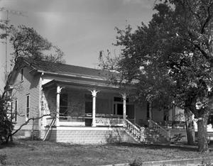 Primary view of object titled '[Brinkmann/Powell House, (Southwest oblique)]'.