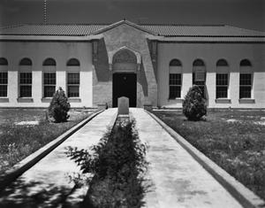Primary view of object titled '[Hudspeth County Courthouse]'.