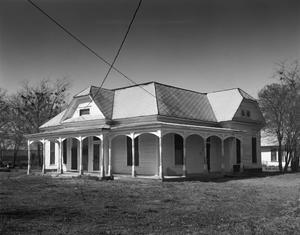 Primary view of object titled '[Stuart-Whitt House, (Northeast oblique)]'.