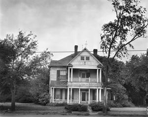 Primary view of object titled '[Dr. W.P. Alexander House]'.