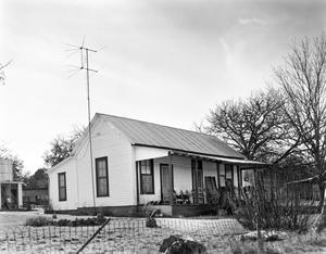 Primary view of object titled '[Quigley Home]'.