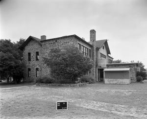 Primary view of object titled '[Mason Grade School, (Southwest oblique)]'.